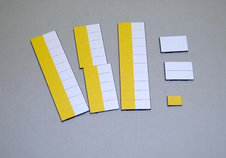 Satz Kippmagnete für Stundenplan, halb gelb/ halb weiß