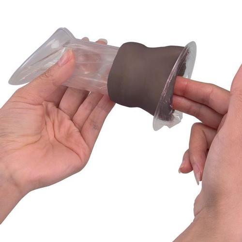 Übungsmodell - Scheidenkondom für die Frau (dunkle Hautfarbe)