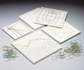 Geobrett, weiß, doppelseitig, 17,5x17,5 cm