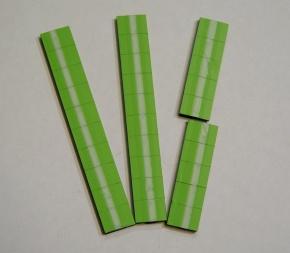Satz Kippmagnete für Zusatzpläne, hellgrün mit Streifen