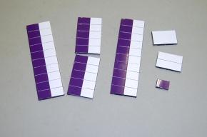 Satz Kippmagnete für Stundenplan, halb lila/halb weiß