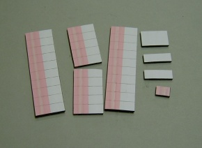 Satz Kippmagnete für Stundenplan, rosa mitStreifen / weiß