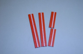 Satz Kippmagnete für Zusatzpläne, signalrot mit Streifen